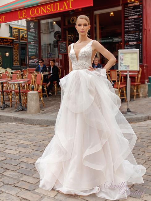 巴黎品牌Victoria SopranoV領V背Ruffles輕婚紗1.jpg