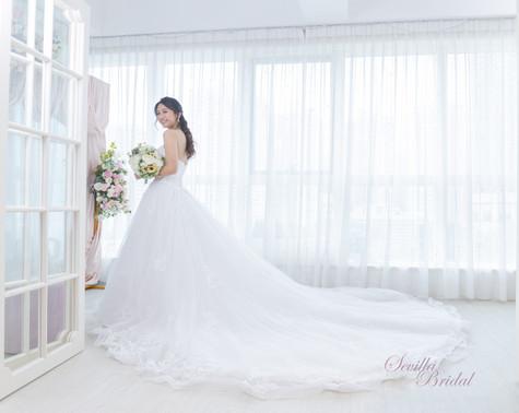 Sevilla Bridal 室內婚紗攝影13.jpg