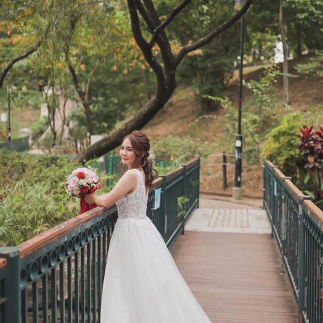 Sarah: 忍唔住租多條婚紗,媽媽揀衫揀得好開心!
