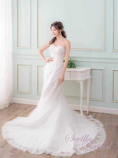 心型胸A-Line婚紗1.jpg