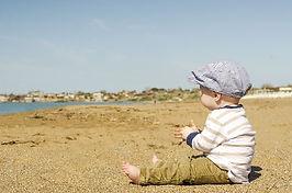 baby op strand.jpg