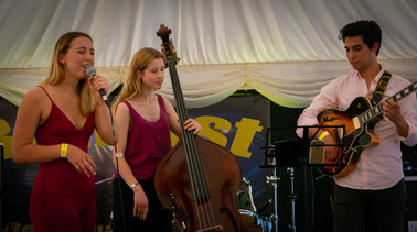 Georgie Wells Trio (1 of 1).jpg
