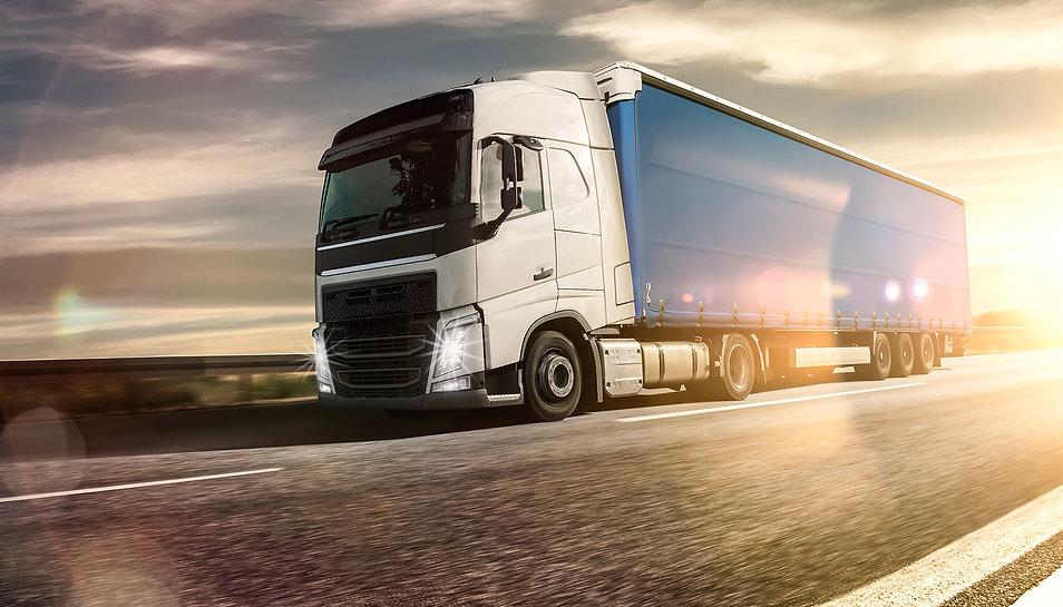 camion de transport SDEN VITAEX pour livraison en établissement de santé