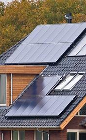 solar-panels-on-house-PX8NBJZ-2.jpg