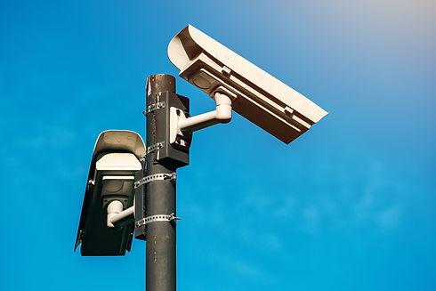 Caméra de surveillance assurant la sécurité des locaux du transporteur SDEN VITAEX