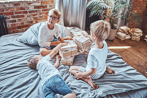 little-brothers-learing-and-reading-many