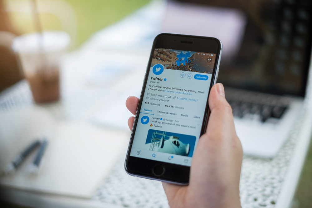 Ouma Marketing Swansea Social Media - Twitter