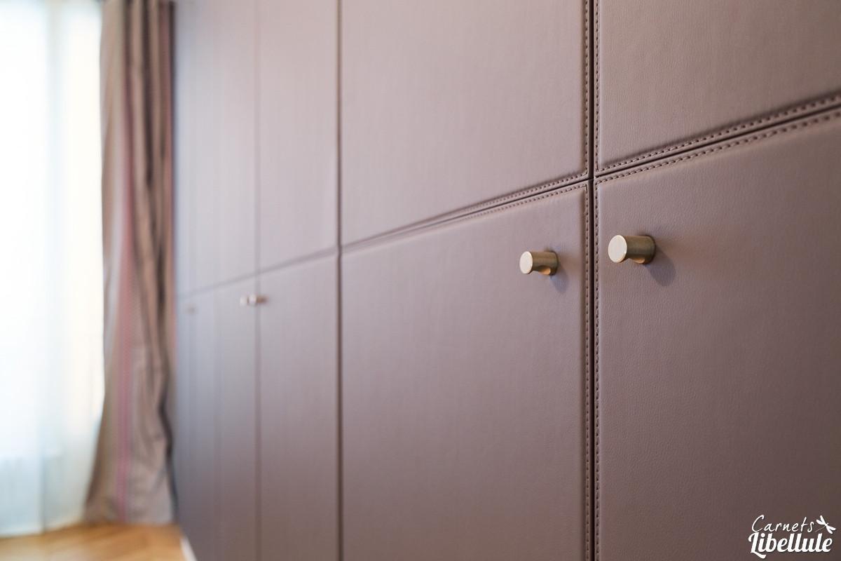 Grand Dressing Sur Mesure chambre parentale haussmannienne par carnets libellule