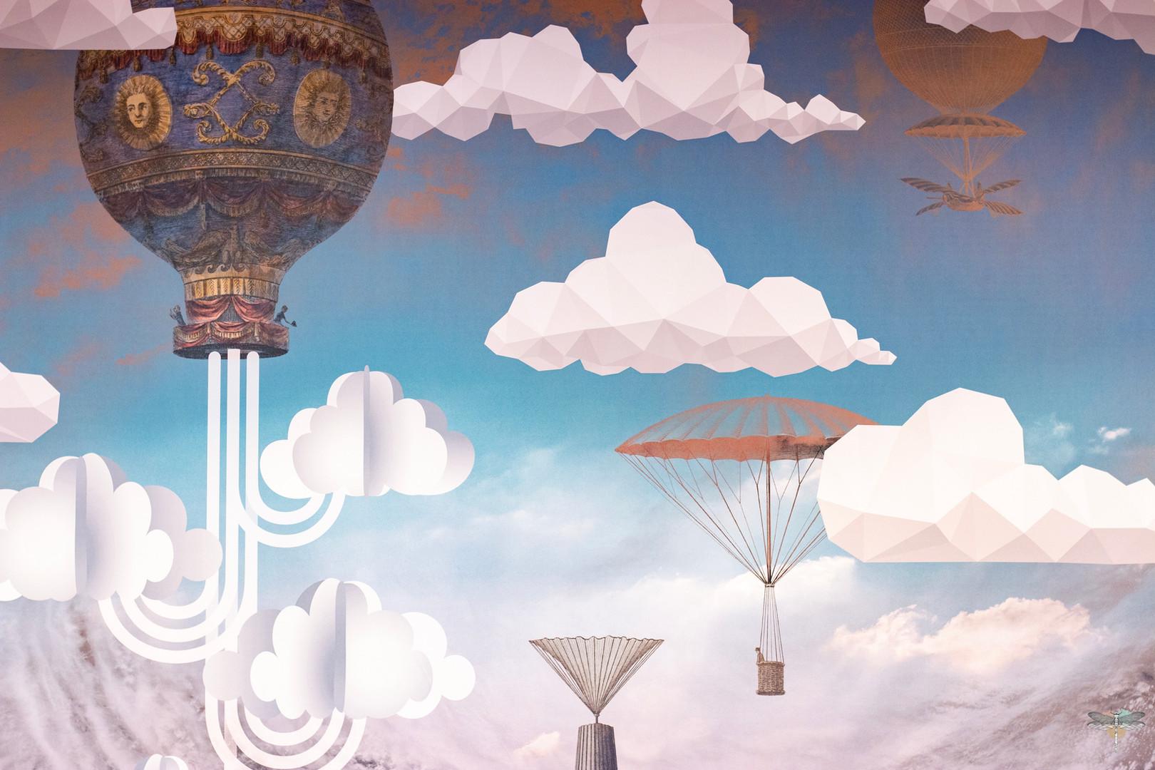 Aménagement et décoration d'un espace de bureaux professionnels à Senlis, pour DecoWorkers, par Carnets Libellule. Coralie Vasseur est votre architecte d'intérieur UFDI à Compiegne : focus sur le motif du papier peint et ses nuages en pixels qui rappellent les métiers de Media Management