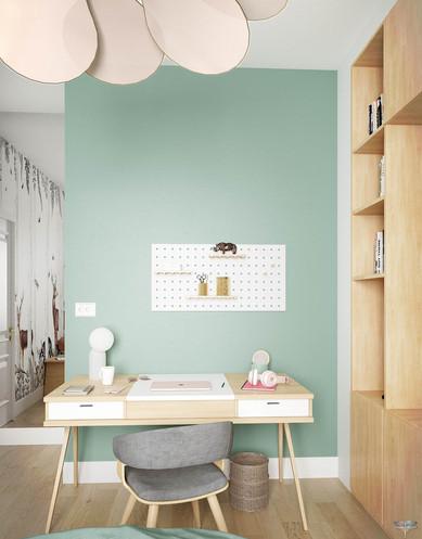Décoration d'une chambre de jeune fille à Senlis par Carnets Libellule. Coralie Vasseur est votre architecte d'intérieur UFDI à Compiegne : espace bureau avec pegboard, meuble rangement sur-mesure en bois et papier peint forêt