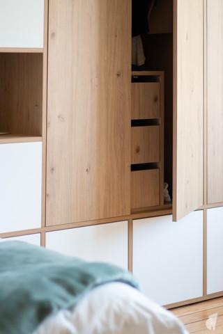 Rénovation et décoration d'une chambre d'ado à Annecy, par le Studio Coralie Vasseur. Coralie Vasseur est votre architecte d'intérieur et décoratrice UFDI à Annecy, Megève et en Haute Savoie : dressing sur mesure