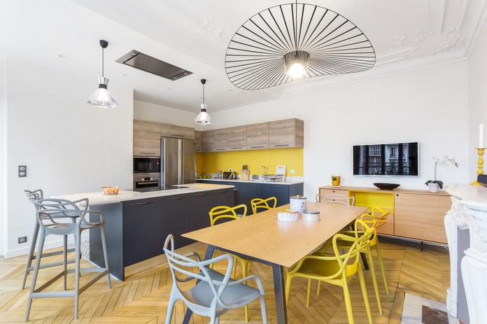 Création d'une cuisine à vivre dans un appartement Haussmannien à Paris