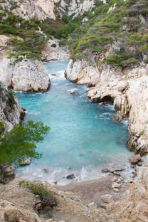 Calanques de Marseille et ses eaux turquoises