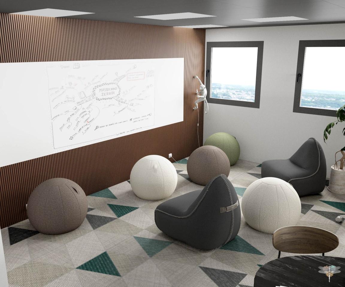 Aménagement et décoration d'un espace de bureaux professionnels à Lille par Carnets Libellule. Coralie Vasseur est votre architecte d'intérieur UFDI à Compiegne : espace de formation et co-création, grand tableau blanc et poufs modulables