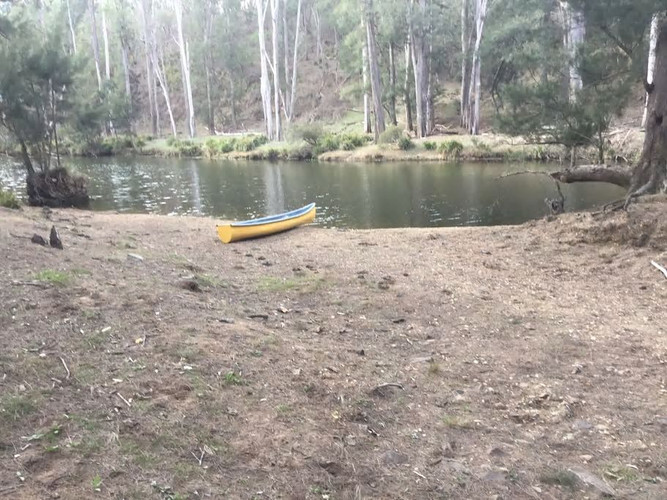 Wollondilly river with a sandy beach
