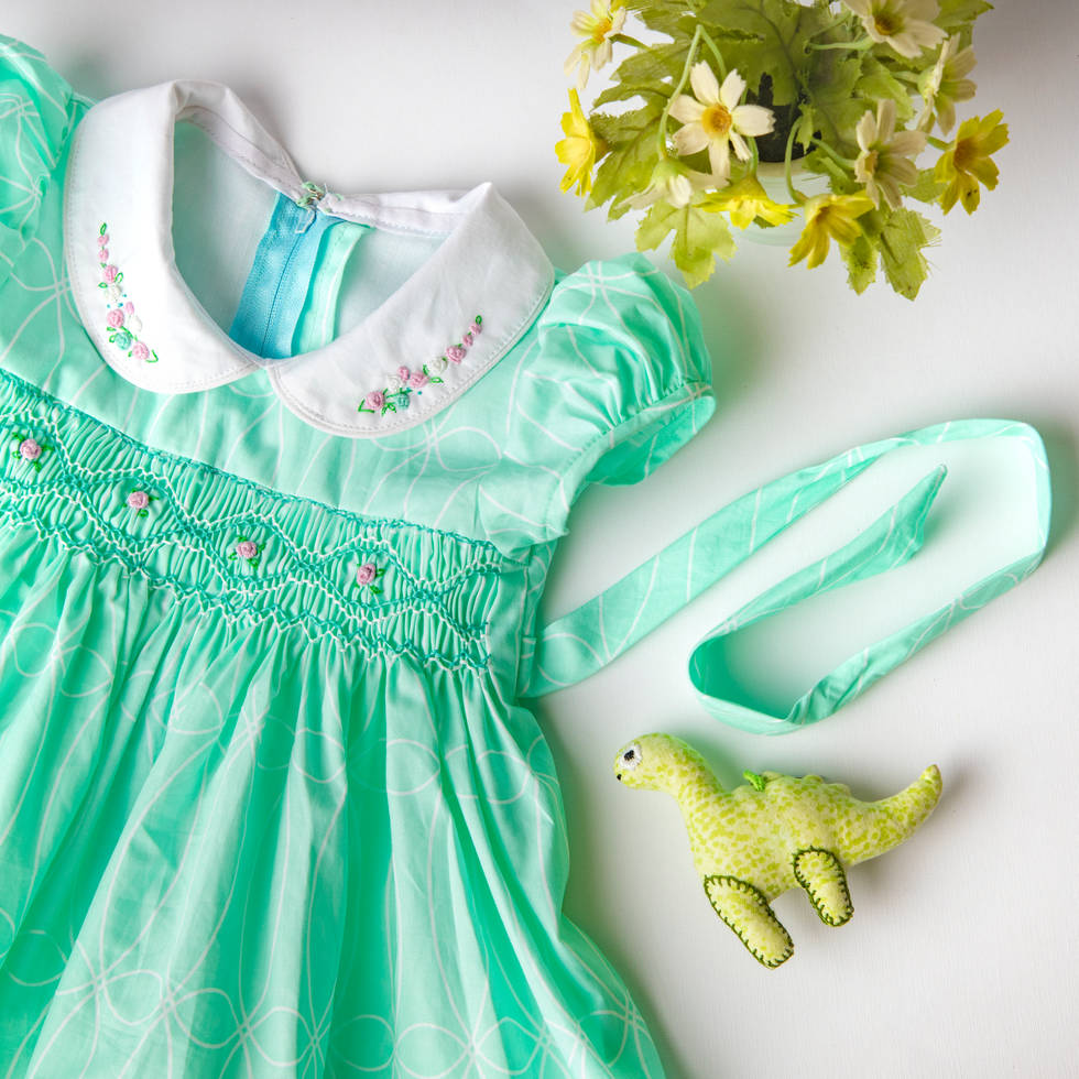 Green dress close up.jpg
