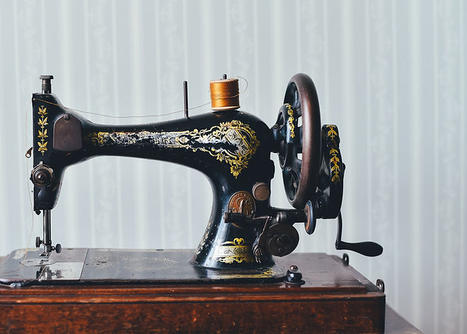 group or private sewing lessons in Chicago