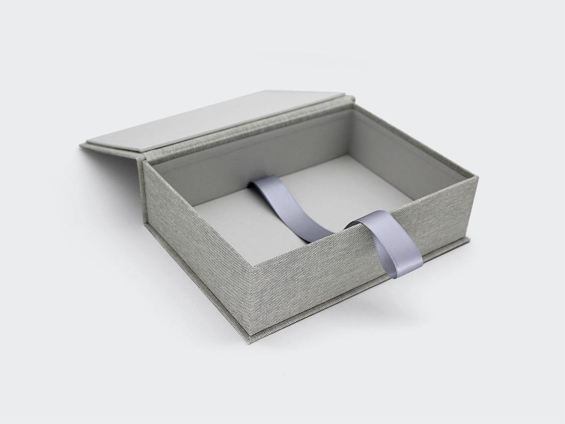 pudełko na 100 zdjęć