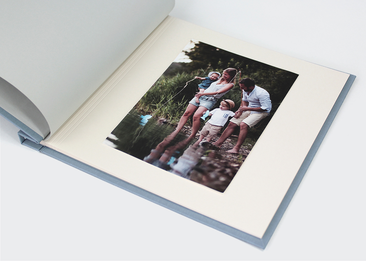 "album ""NIEZŁA bajka podróżnik"""