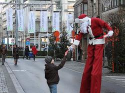 Steltloper kerstman