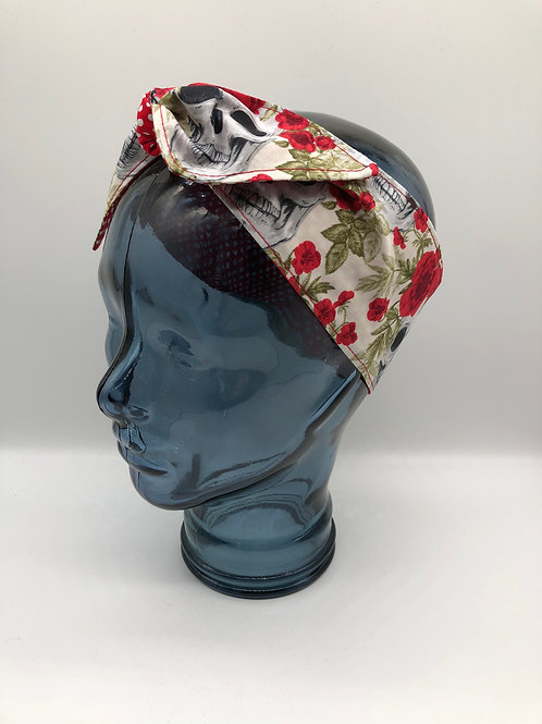Skulls Out Headscarf