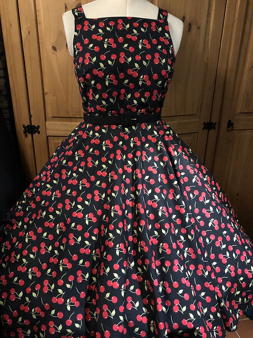 Cherry Cola Katie Circle Dress Size 12