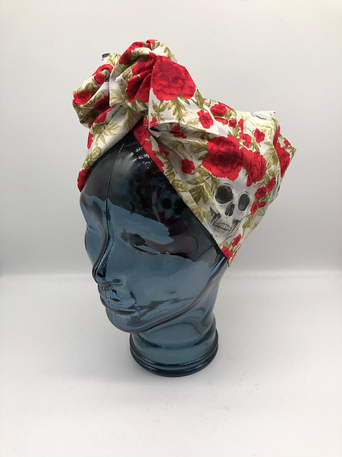 Skulls Out Twisted Turban