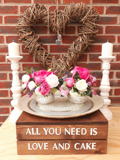 All you need is Love and Cake' Wedding Cake Stand