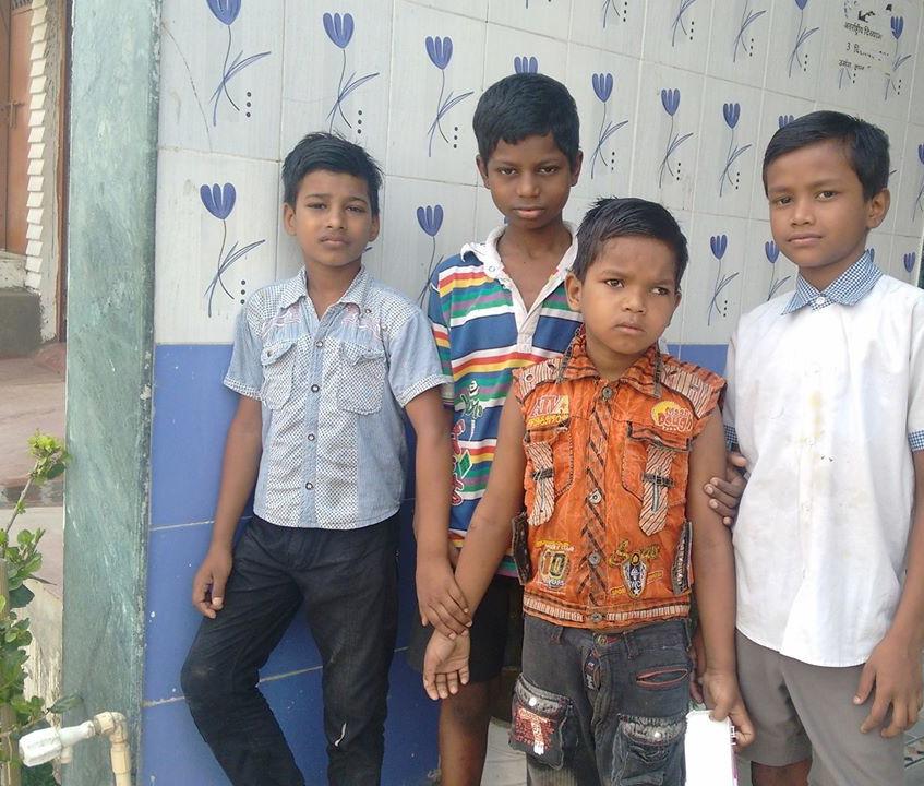 Chulbul with boys