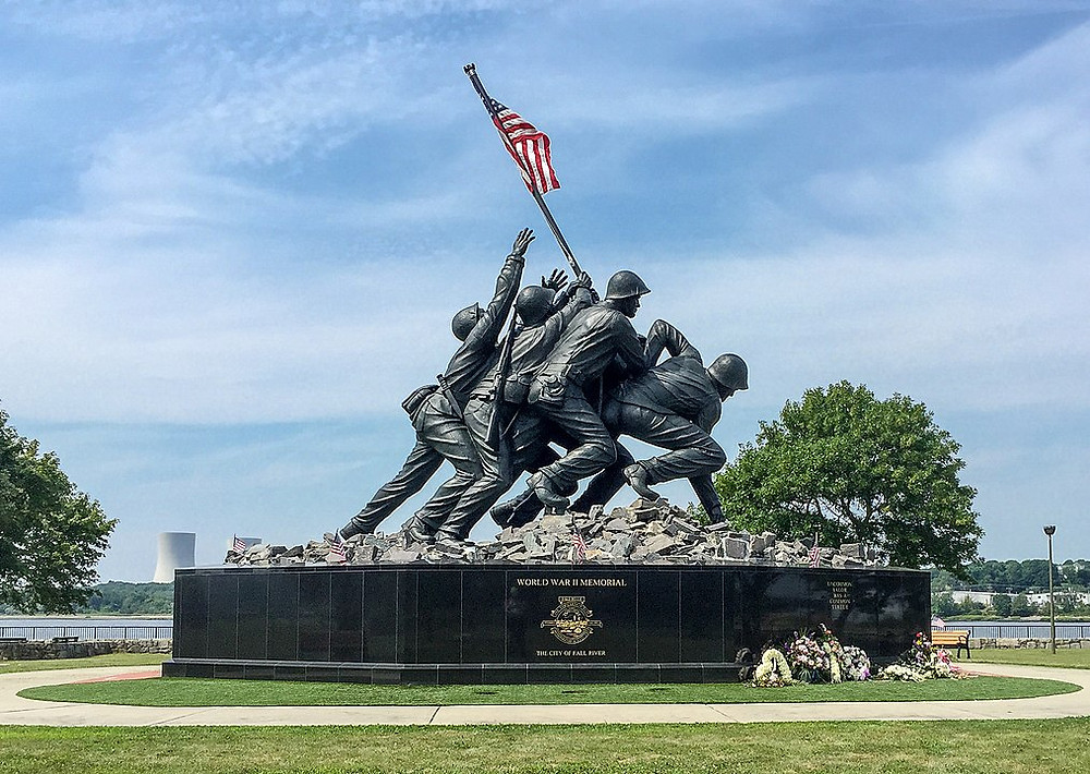 Copy of Marine Corps War Memorial (Iwo Jima flag raising) in Fall River Massachusetts.jpg