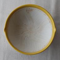 いい色のすり鉢