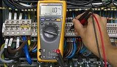 Emergency commercial electrician_edited.jpg