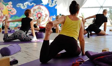 Choices yoga 2018-17.jpg