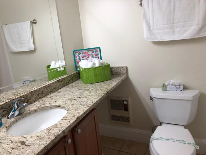 101 Bathroom.jpg