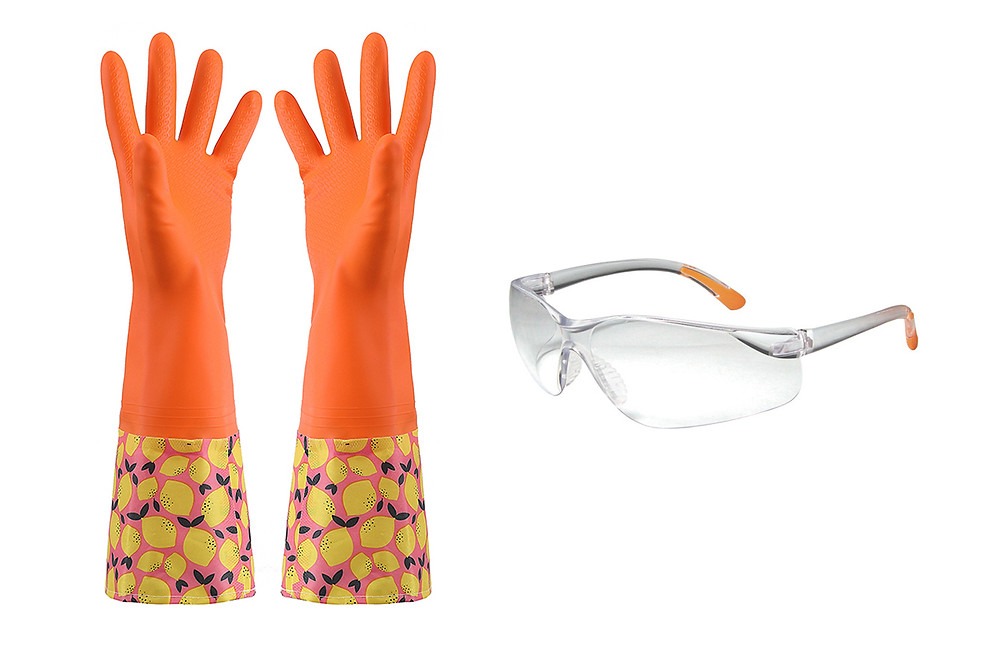 Safety cleaning rubber gloves and glasses