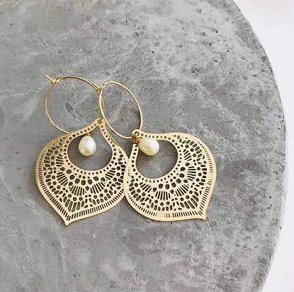 TWIGG Bohome Pearl Earrings