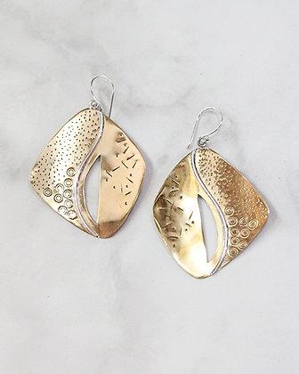 PELE Manta Earrings