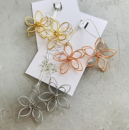 TWIGG Wired Double Flower Earrings