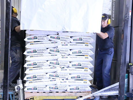 Ambiance wood pellets on a pallet