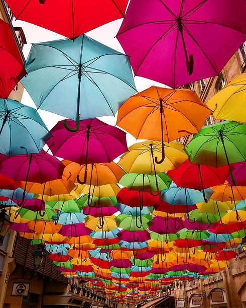 Village-Royal-e-seus-guarda-chuvas-4.jpg