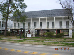 mandeville historic building