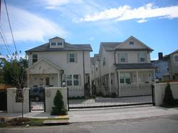7 unit apt complex uptown