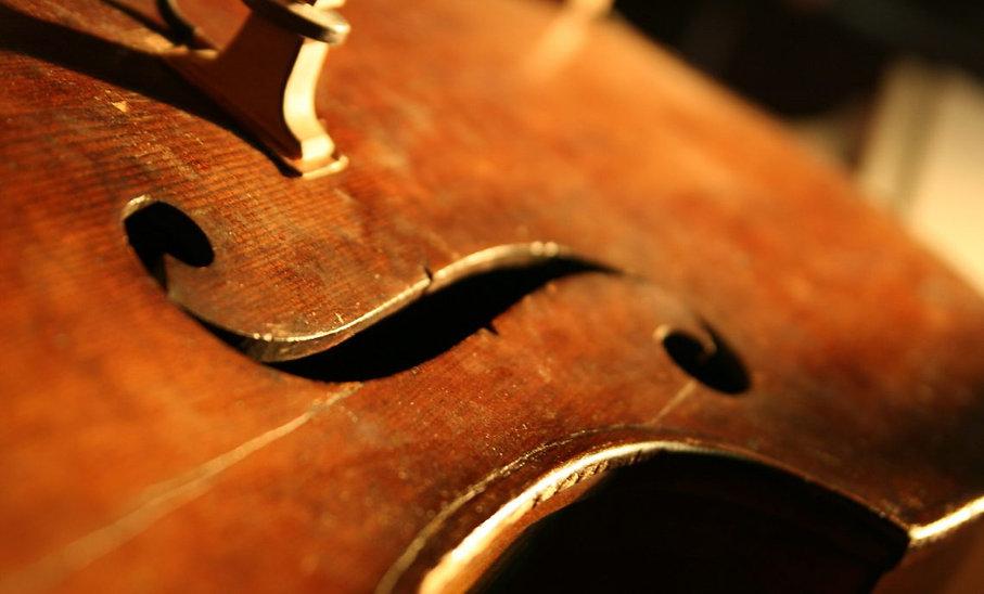 double-bass-1423720-e1495825130685-1140x