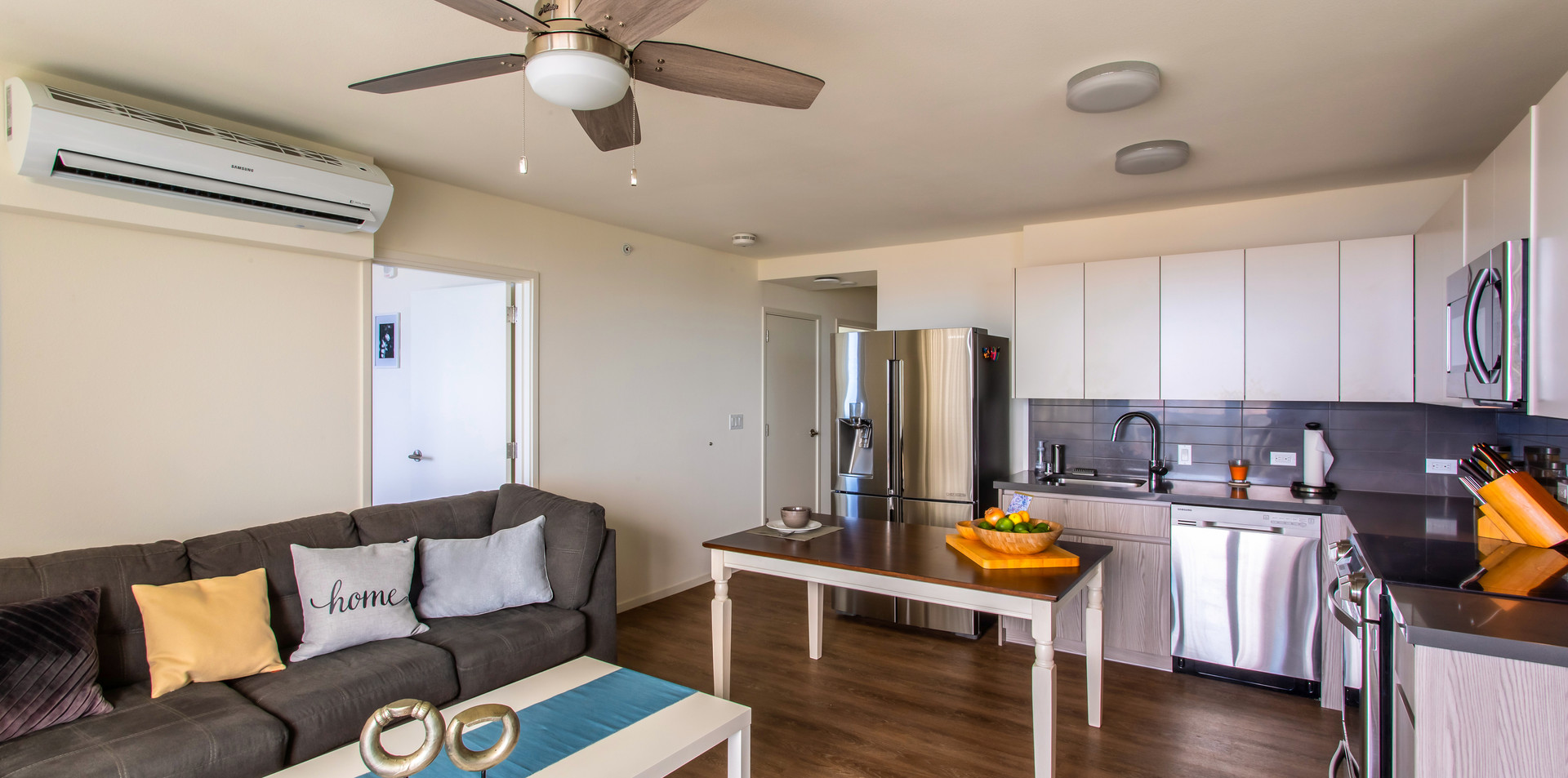 living & kitchen.jpg