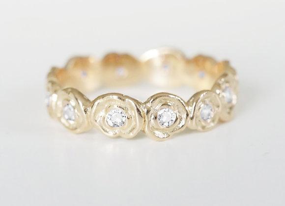 Yellow Gold Diamond Ring of Roses