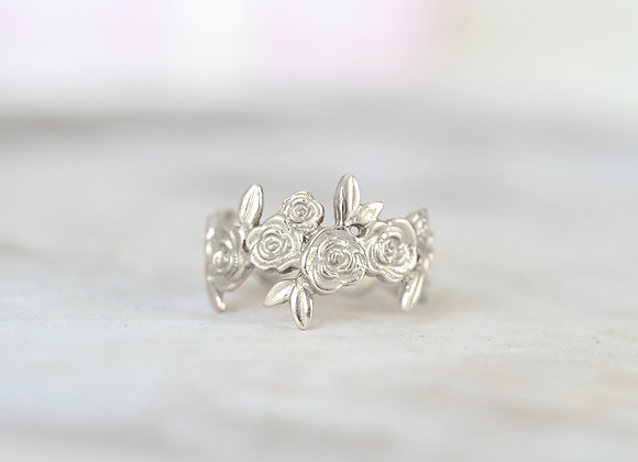 Adjustable 9ct White Gold Floral Ring