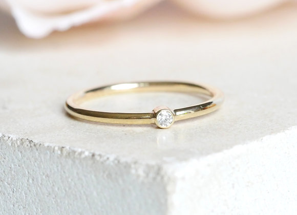 Dot Diamond Dot Ring Yellow Gold