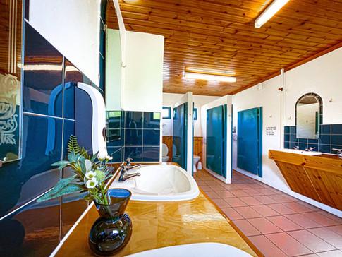 Shower & Bathroom Block