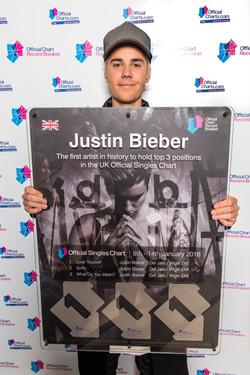 Justin Bieber Record Breaker Award