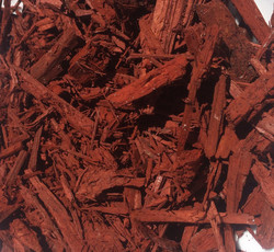 premium red mulch